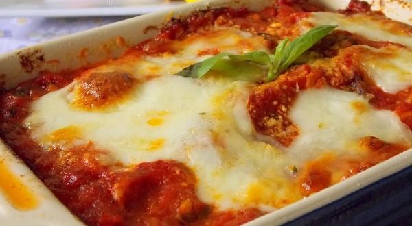 Aubergines alla parmigiana recette familiale classique italienne - Recette de cuisine familiale ...