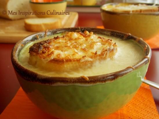 La soupe l 39 oignon gratin e qui rechauffe le blog cuisine de samar - Soupe a l oignon gratinee ...