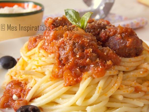 boulettes de viande a la sauce tomate