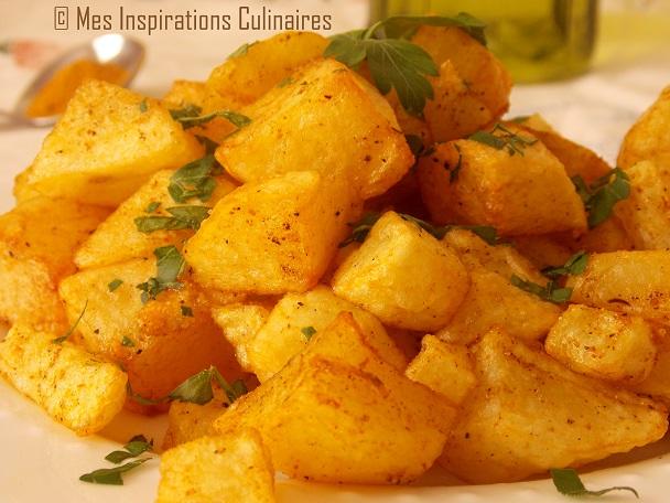 Comment plucher des pommes de terre cuites facilement - Comment cuisiner la pomme de terre ...