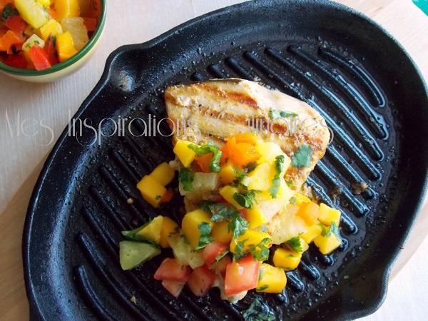 Espadon grillé Salsa épicée comme aux Antilles