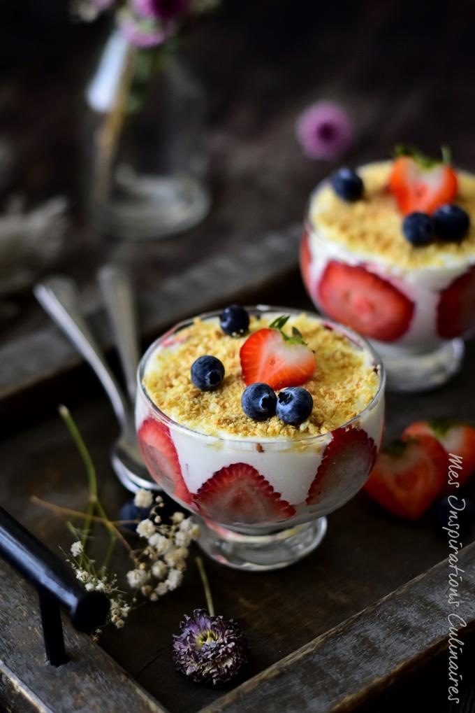Tiramisu aux fraises {recette sans oeufs}