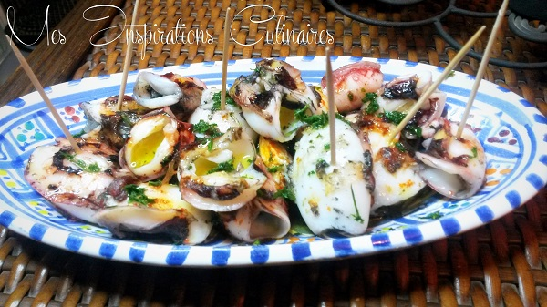 recette chipirons a la plancha petits calamars le blog cuisine de samar. Black Bedroom Furniture Sets. Home Design Ideas