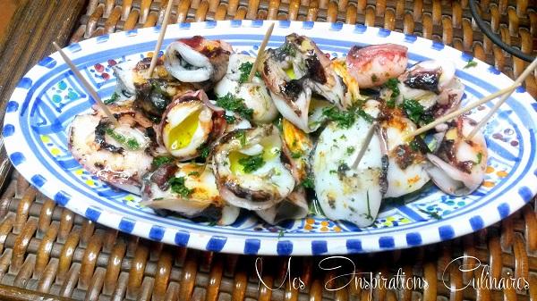 Recette chipirons a la plancha petits calamars le blog for Cuisiner avec une plancha