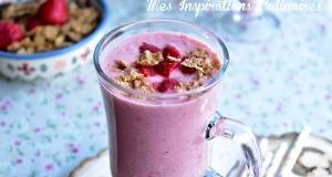 smoothie facon parfait aux fraises aux cereales 1
