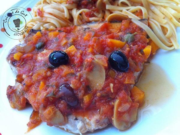 espadon-grillc3a9-c3a0-la-plancha-sauce-tomates-olives-et-cc3a2pres-11