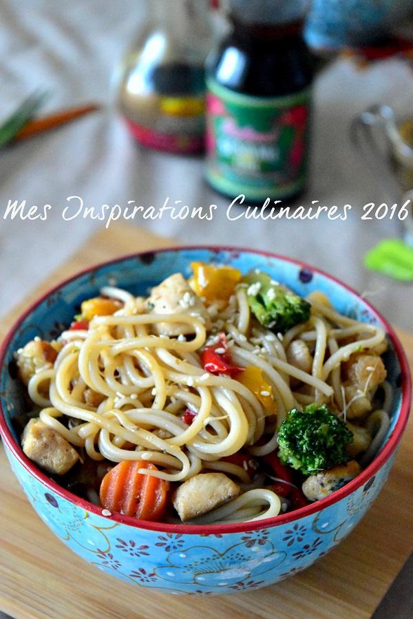 nouilles chinoises sautées aux légumes et poulet, recette facile