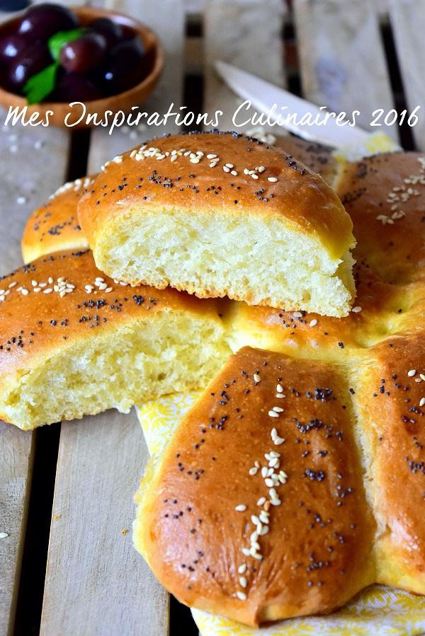 pain arabe moelleux au four 1