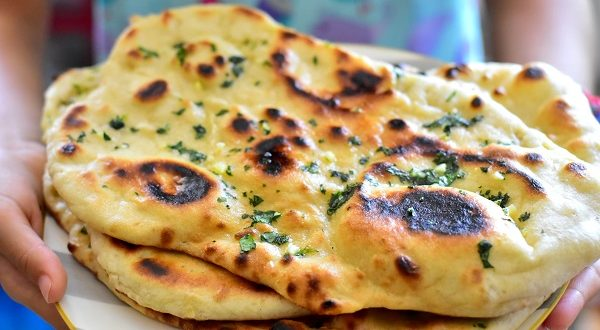 cheese naan pain indien au fromage le blog cuisine de samar. Black Bedroom Furniture Sets. Home Design Ideas