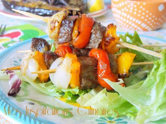 Brochettes de boeuf et légumes marinées à l'orange