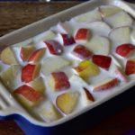 verser-les-pommes-dans-un-moule