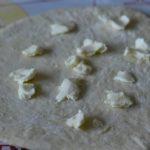 etaler la pate et deposer le beurre