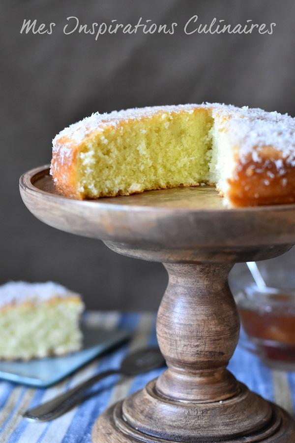Gâteau à la noix de coco moelleux