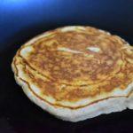 retourner les pancakes