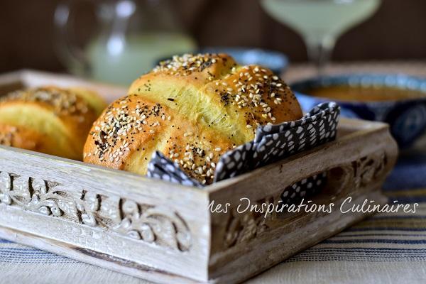 Khobz Tabouna - pain tunisien a la semoule