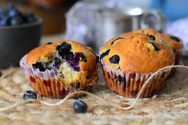 Muffins aux bananes et myrtilles moelleux