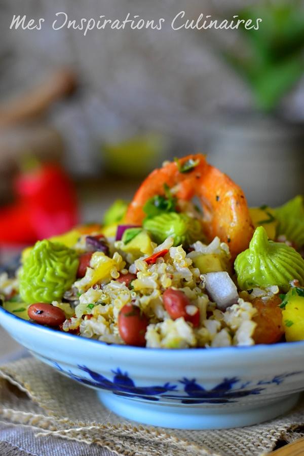 Salade de quinoa crevettes, crème d'avocat