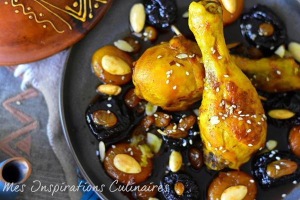 tajine de poulet pruneaux raisins secs1