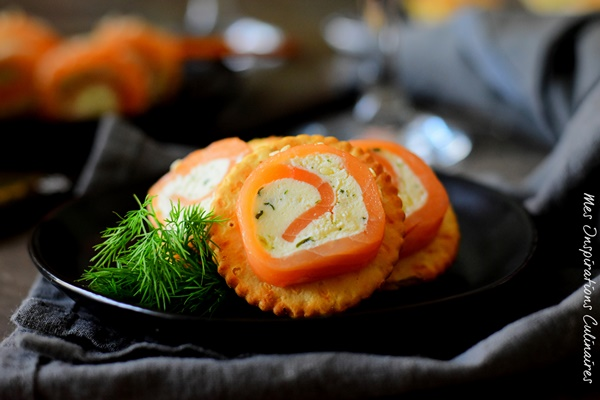 Roulés de saumon fumé et Boursin : bouchée apéritive