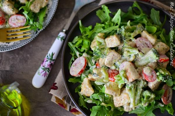 Salade de poulet à la moutarde sauce mayonnaise estragon
