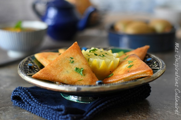 Briouates au fromage, ail et persil