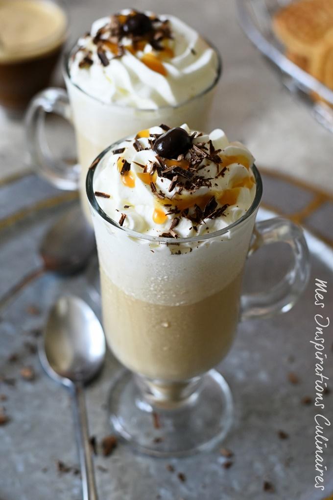 Le Café frappé maison, café glacé de l'été