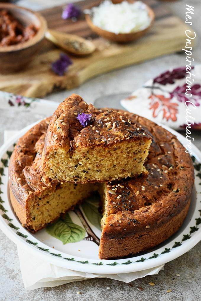 Cake à la tapenade et tomates séchées, recette facile