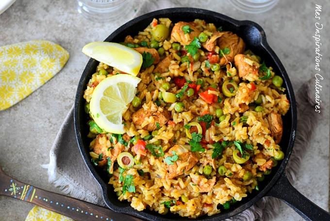 Riz à l'espagnole (poivrons, poulet et olives)