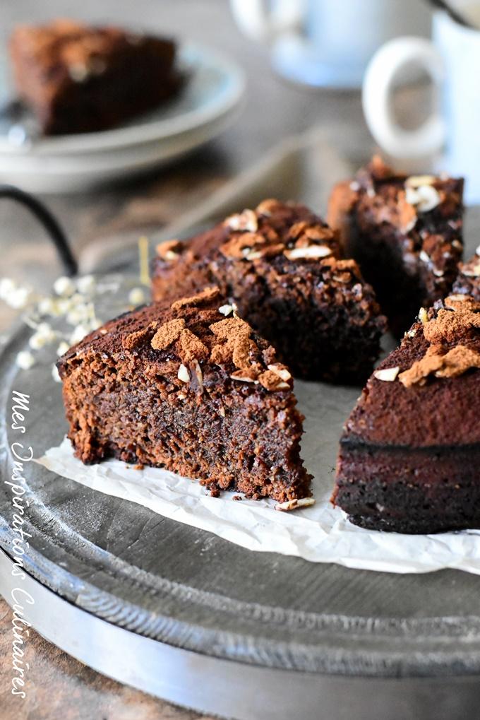 Gâteau au chocolat moelleux et fondant