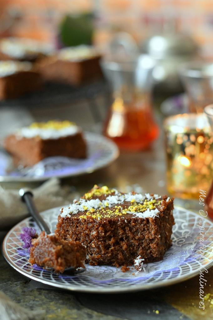 Gâteau de semoule moelleux au chocolat et noix de coco