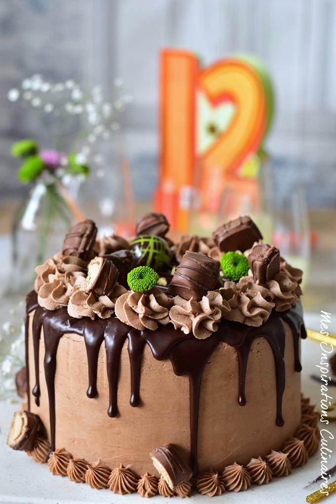 Le Layer cake kinder bueno gateau d'anniversaire