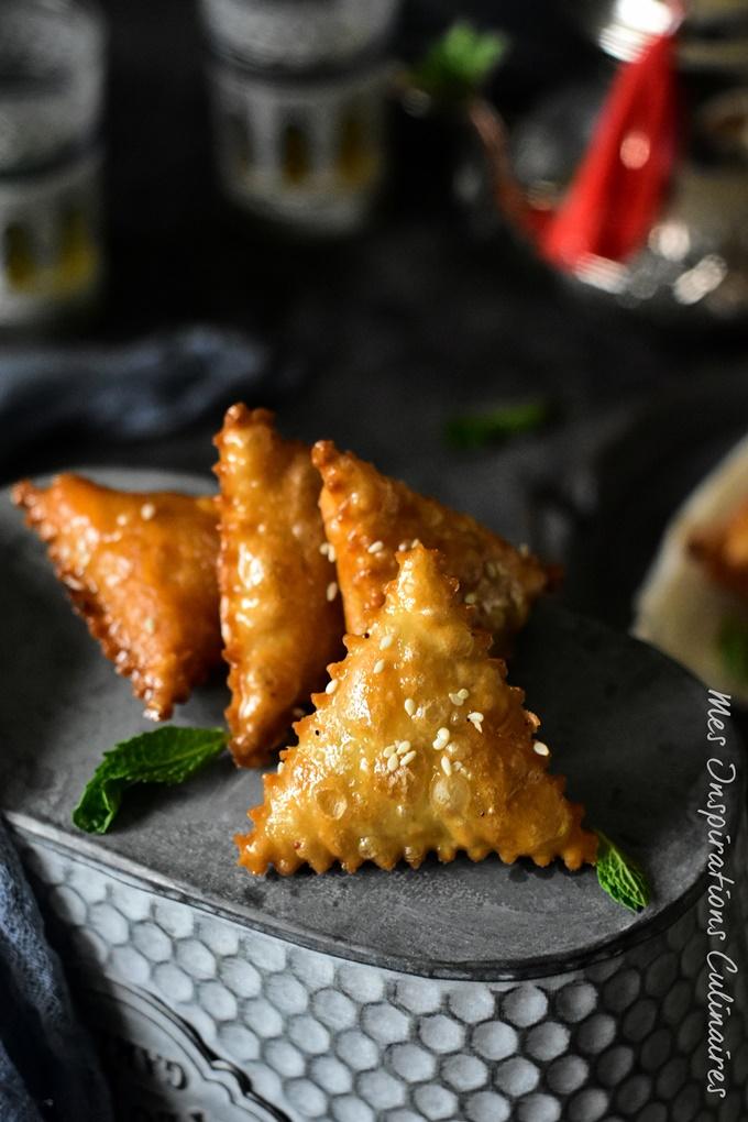 Samsa aux amandes et miel (pâte maison)