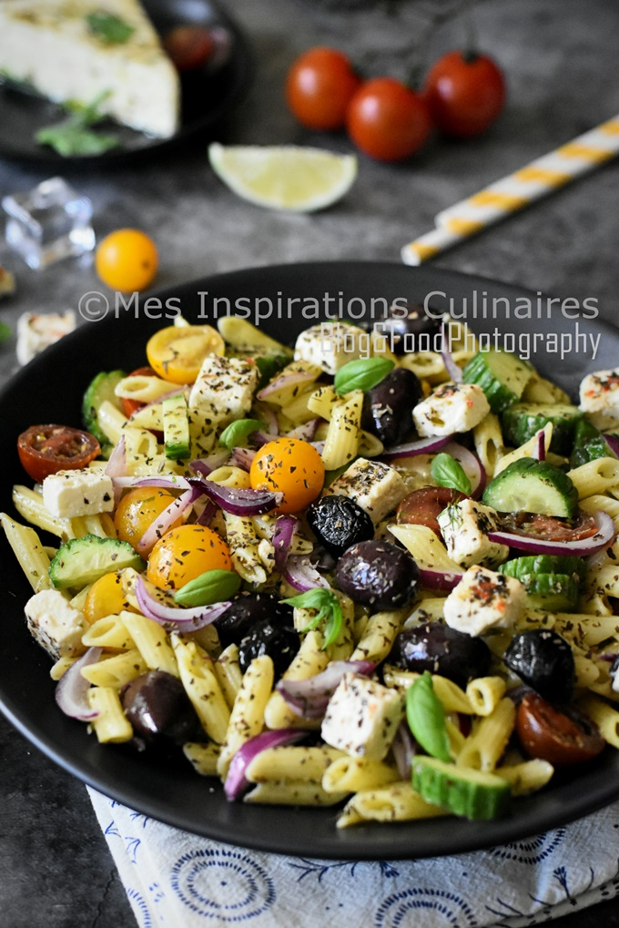 Salade de penne à la feta façon grecque