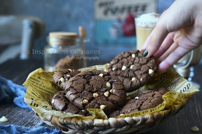 Cookies au chocolat (cacao amer) et pépites de chocolat blanc