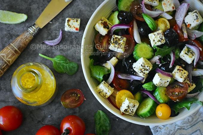 Recette salade de tomate concombre oignon rouge et chevre
