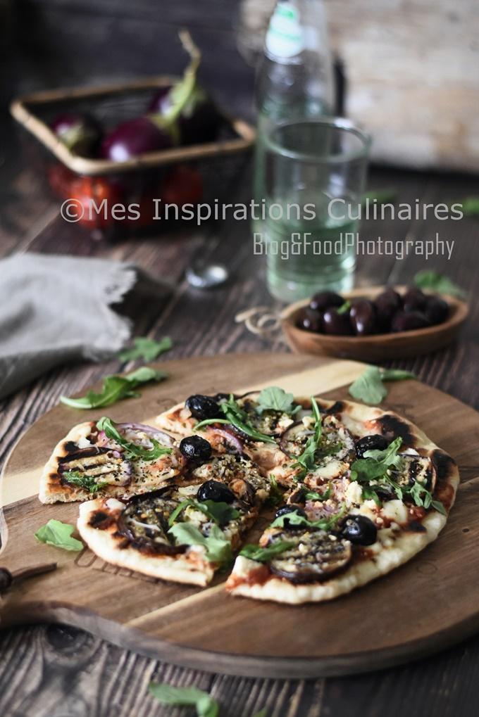 Pizza à la poêle aux aubergines rôties et Feta
