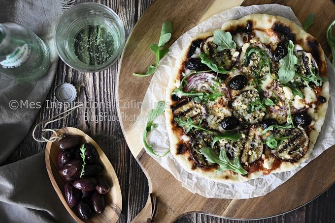 Pizza à la poêle aux aubergines et Feta