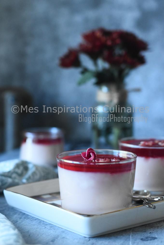 Mhalbi à la grenade, crème au lait orientale