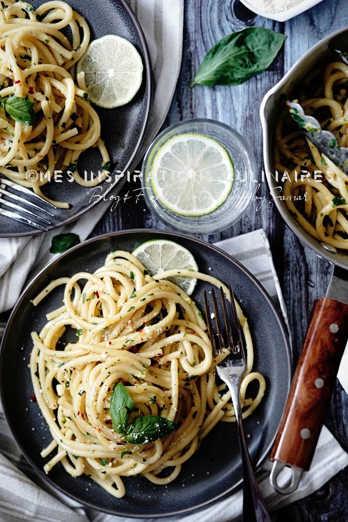 spaghetti au beurre basilic et parmesan