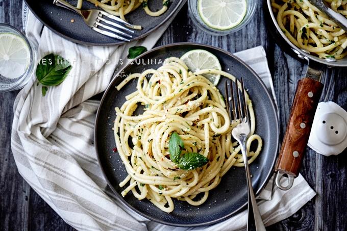 idées de repas du soir : bucatini aux herbes