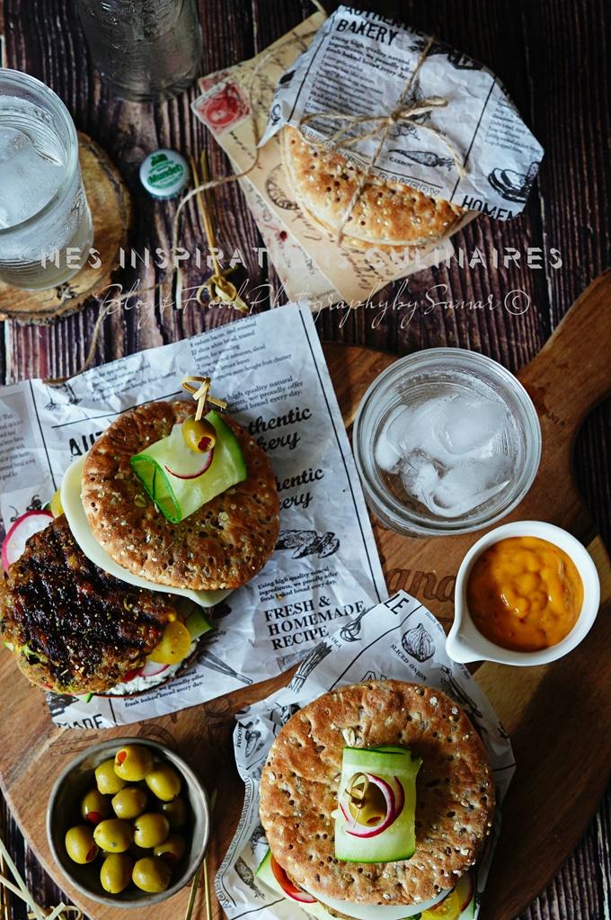Burger au riz brun et haricots noirs
