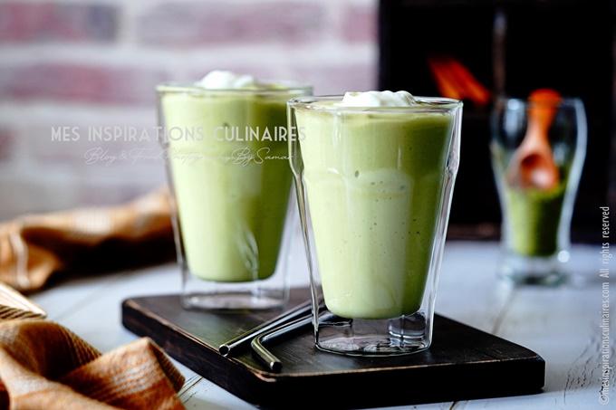 Smoothie à l'avocat, thé vert Matcha