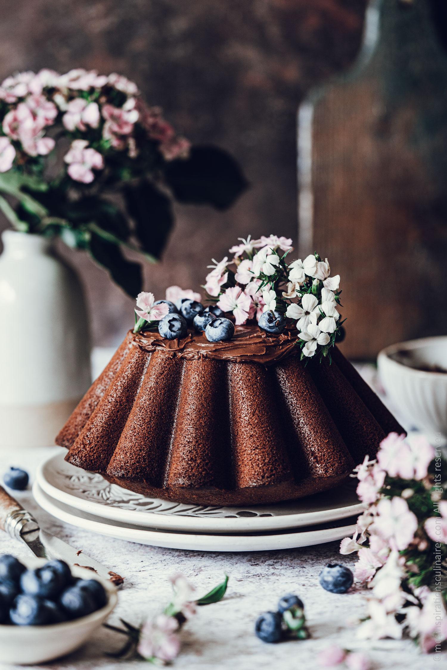 sponge cake au chocolat au lait chaud