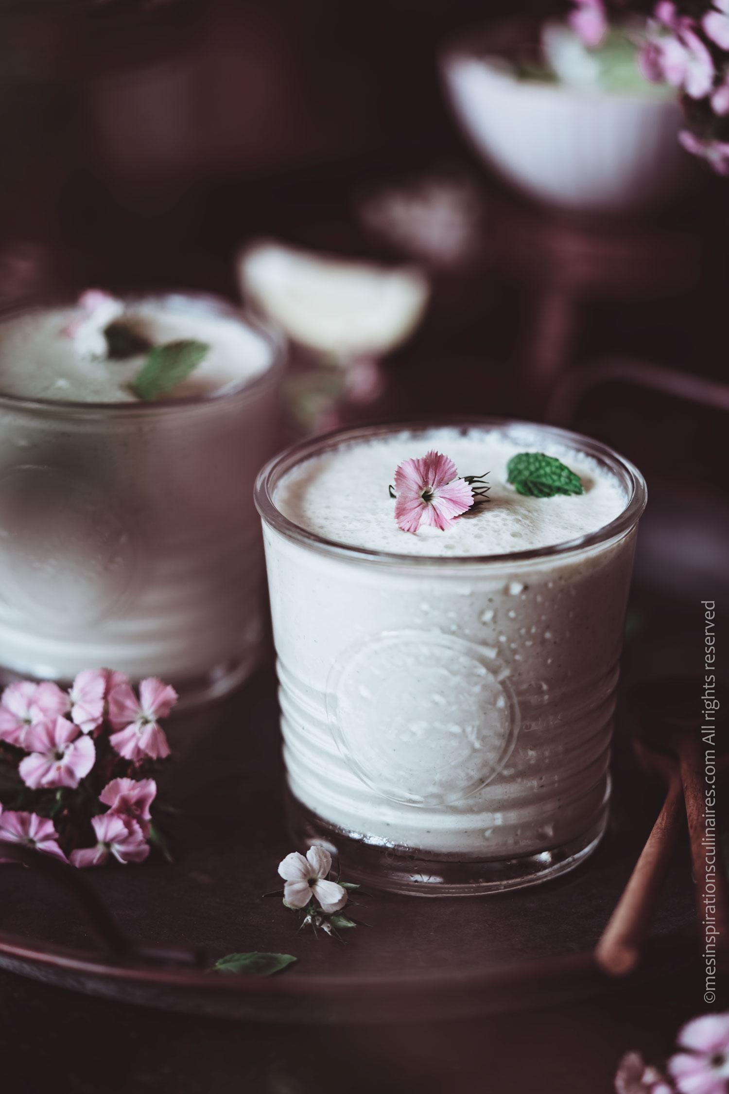 Soupe froide de concombre et menthe