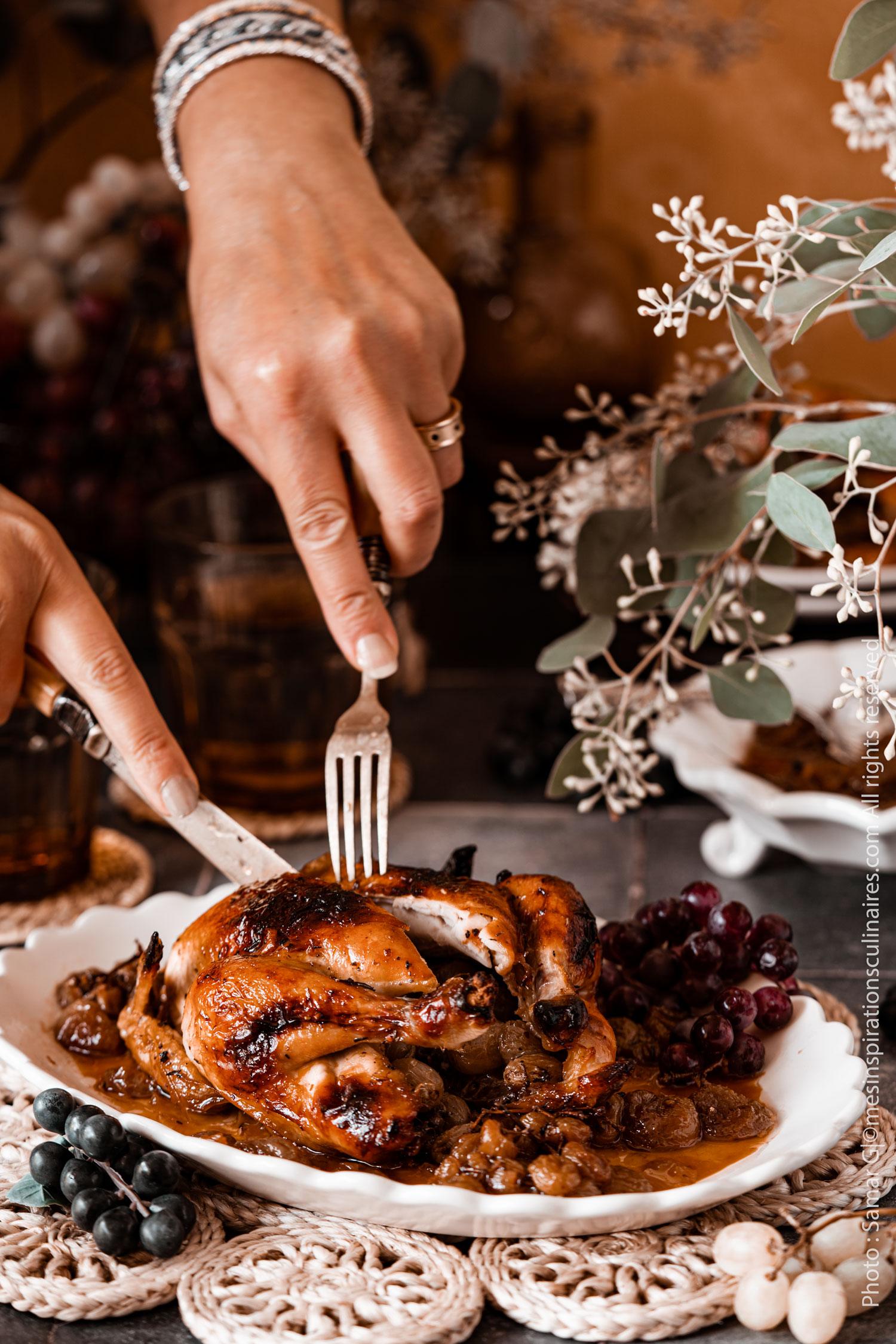Poule aux raisins confits et miel